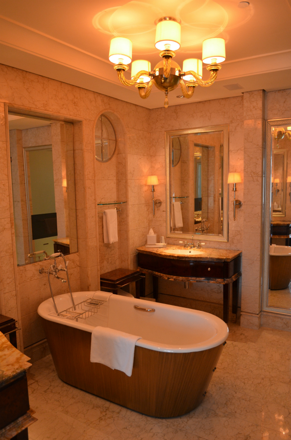 St Regis Singapore bathroom